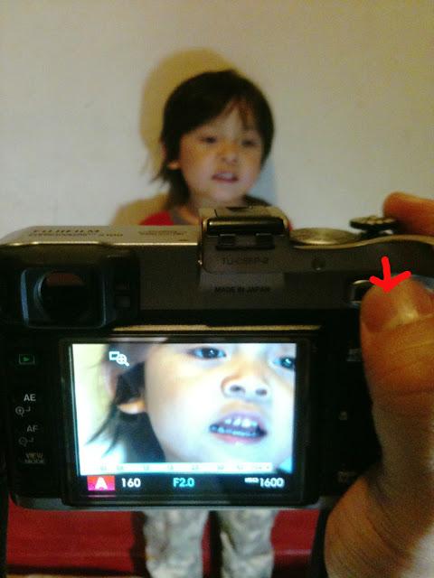 Fujifilm X100 按控制鈕可放大對焦框