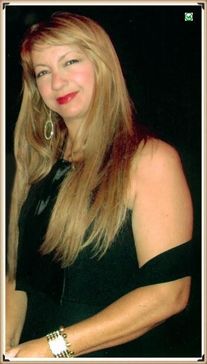 Foto-Avatar da escritora Roseli Arruda no Facebook em Janeiro de 2014