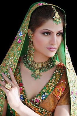 Bridal Jewellery models