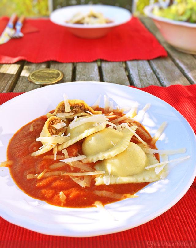 Rezept Ravioli mit Zucchini Hackfleisch Füllung