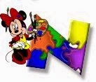 Alfabeto de Minnie Mouse pintando N.