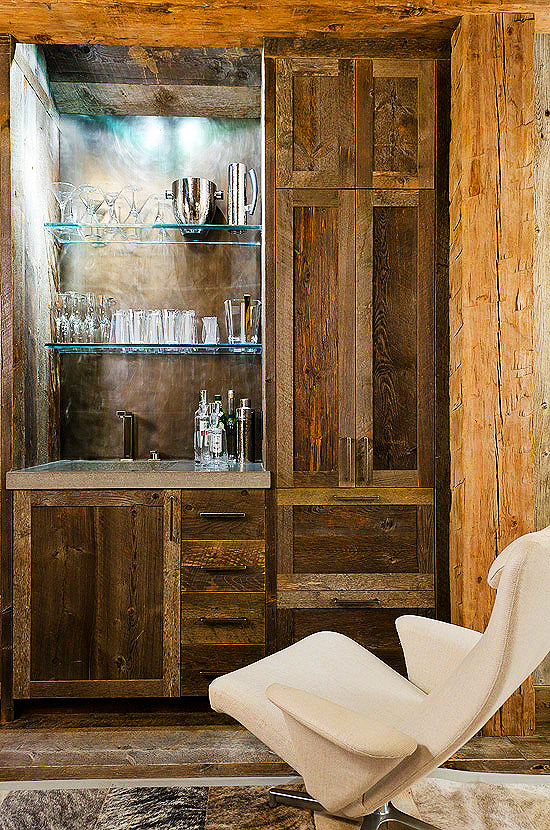 Home tour a stylish ski house in montana modern diy art designs - Artistic wood clad design for warm essence in your house ...