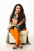 Avika Gor Glamorous photos in saree-thumbnail-2