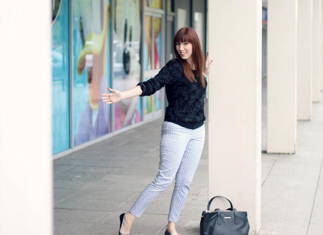 printed-trousers-outfit