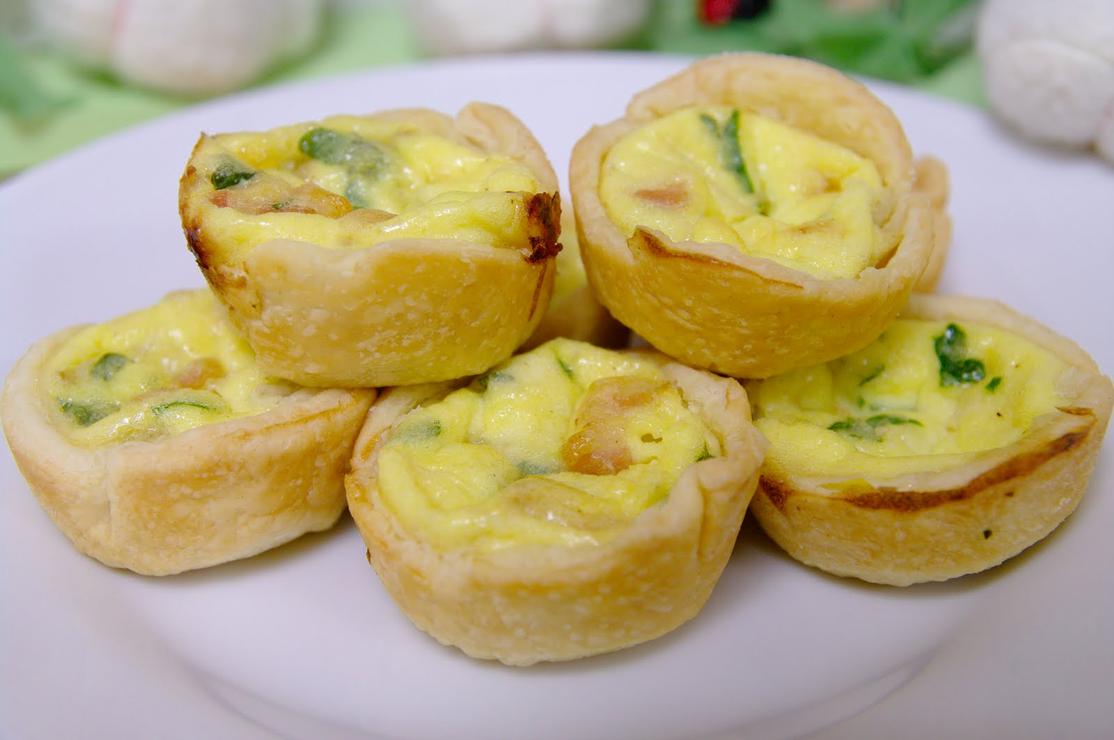 A Blog About Food: Mini Quiches