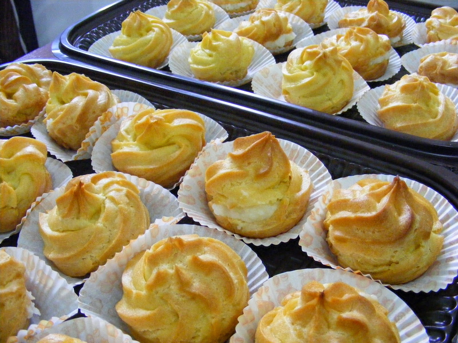 Resep Cara Membuat Kue Sus Basah Isi Vla Vanila Enak