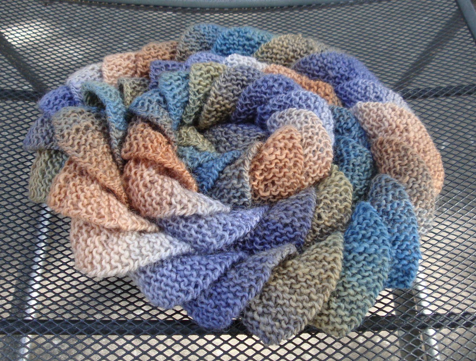 Potato Chip Scarf Knitting Pattern : Kims Knitting Korner: Blueberry Pancakes and Potato Chips