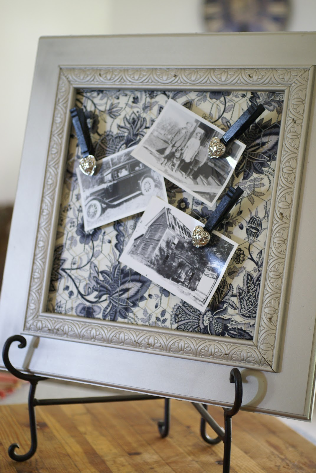 Diy Wire Frame Glasses : Tweetle Dee Design Co.: DIY Chicken Wire Photo Frame