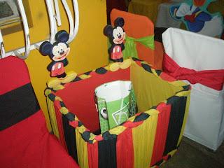 Esta era la caja de los regalitos, les cuento que me regalaron mucha