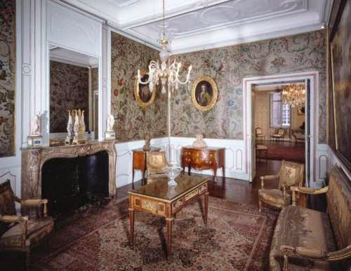 Salon Louis XVI