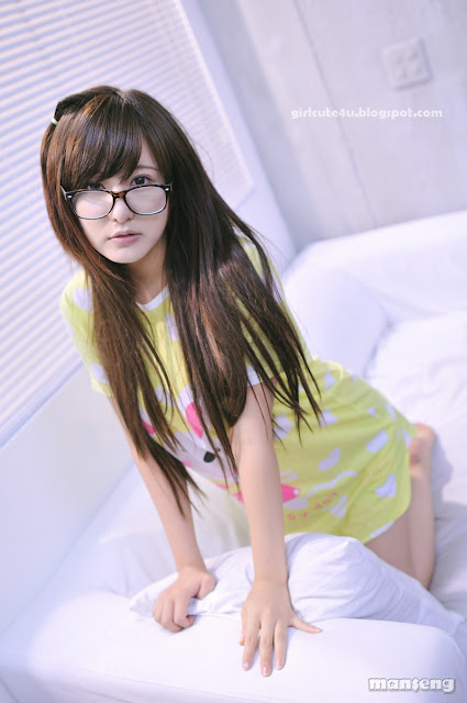9 Ryu Ji Hye again - Cutie meet Glasses-very cute asian girl-girlcute4u.blogspot.com