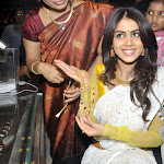 Genelia Launches Kalyanakanchi Wedding Store Pics