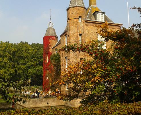 Slot Zuylen, Oud-Zuylen | Happy in Red