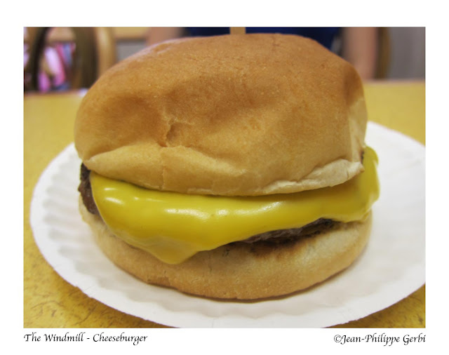 Image of Cheeseburger at The Windmill in Hoboken NJ, New Jersey