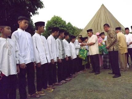 Puluhan Anak Yatim Buka Puasa Bersama Di RTM