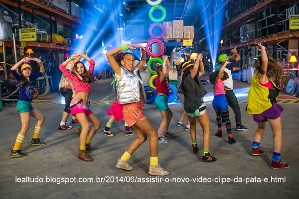 Novo Video Clipe da Pata e MC Gui Ti Bum Pá Chiquititas 2014 LealTudo