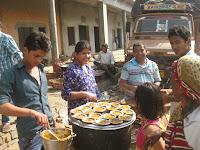 गुरु गोरक्षनाथ संप्रदाय के संतों की साधना स्थली 'सिद्ध बाबा का मंदिर' का मुख्य द्वार