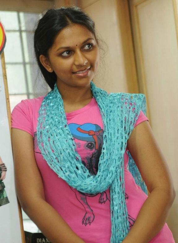 Actressbsri ramya cute stills in yamuna tamil movie the best actressbsri ramya cute stills in yamuna tamil movie thecheapjerseys Images