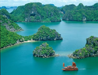 Viet Nam - The wonderland for all travellers 1