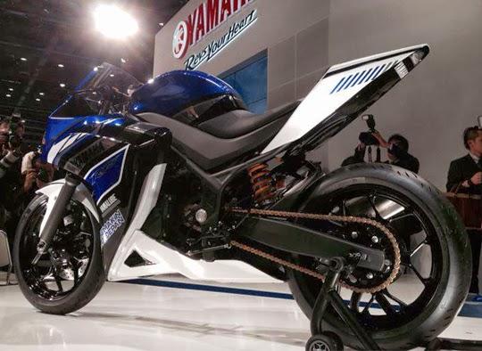 Yamaha Harga Spesifikasi dan Foto Yamaha R25 Terbaru 2014