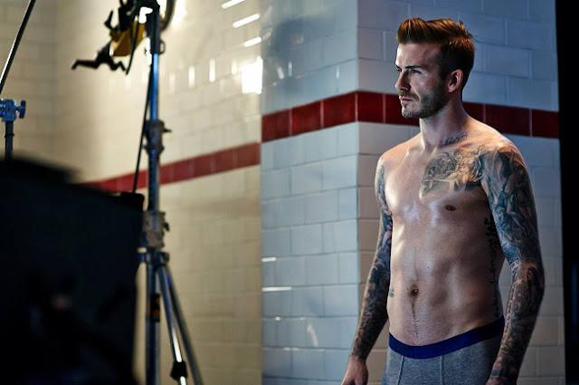 el futbolista posa desnudo para H&M