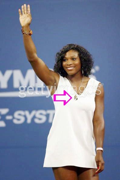 Serena Williams wearing a Jenny Dayco necklace