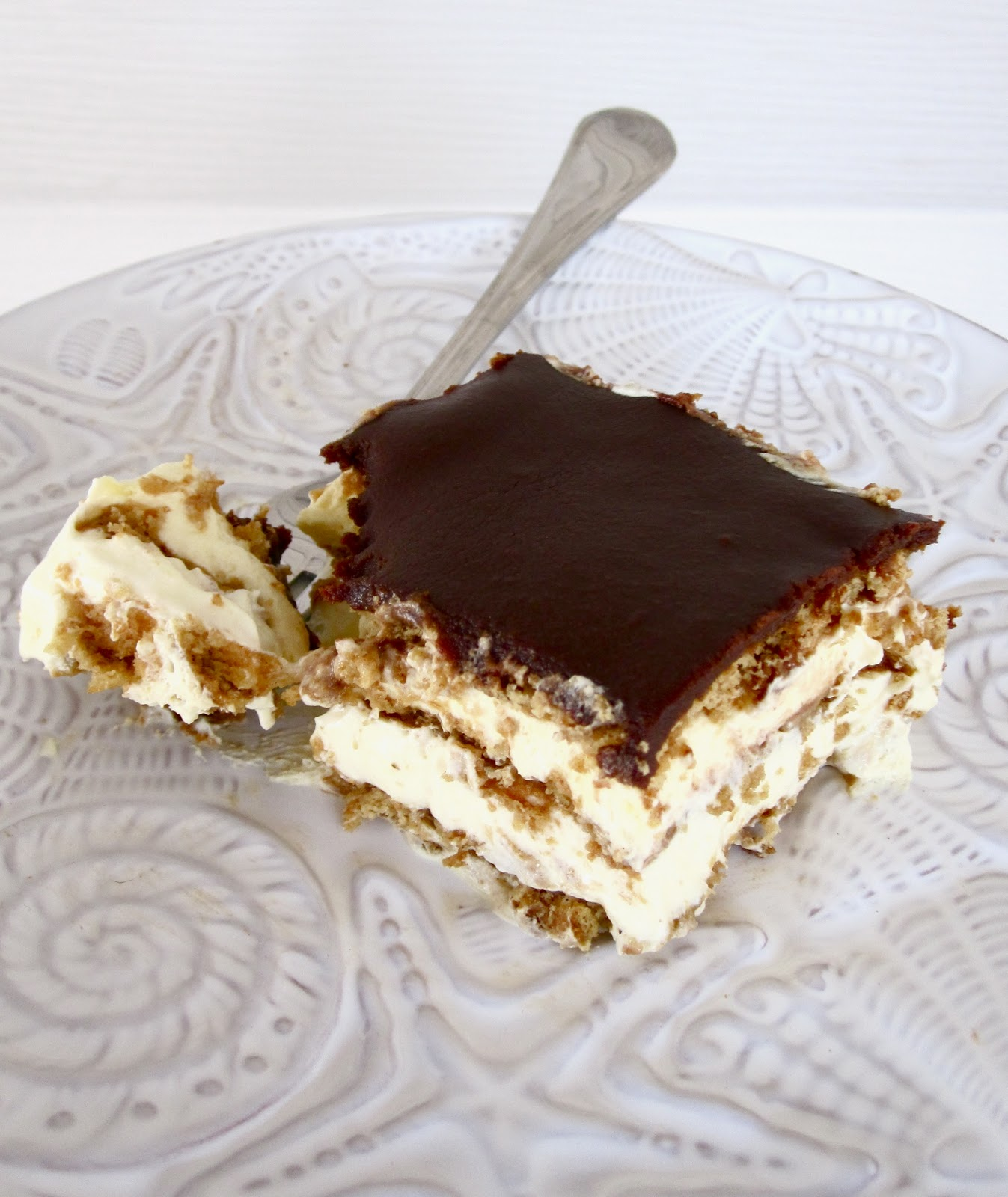 Images Of Chocolate Eclair Cake : Hubby Approved Recipes: Chocolate Eclair Cake
