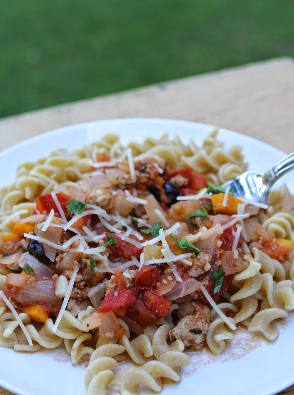 pasta with farm fresh tomatoes and ground turkey. Cooking Chat recipe.