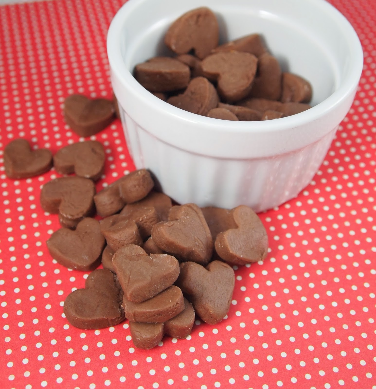 Recipe for easy homemade chocolate buttermints!