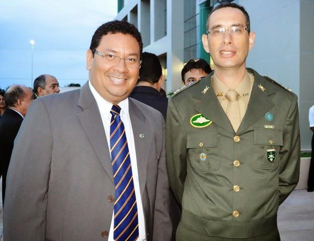 COLABORADOR EMÉRITO DO E.B.
