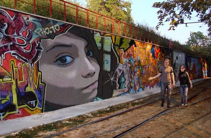 http://fotoefectos.com.es/fotomontaje-graffitis-gratis-imagenes
