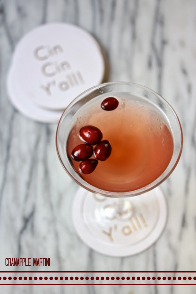 cranberry-apple-martini-cocktail-society-social