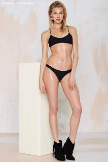 بريت مارين في صور ساخنة بأحدث تصاميم الملابس الداخلية 2015