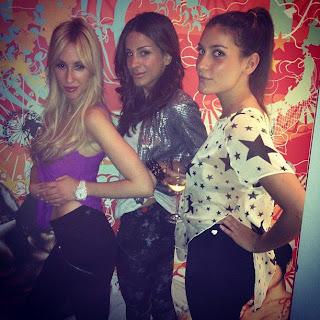 Elnaz, Amara and Erin in Luv U Always Leggings Fanclub Fridays LUA stars tee color pop silver jacket
