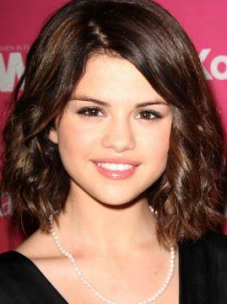 selena gomez hair short. selena gomez 2011 photoshoot,