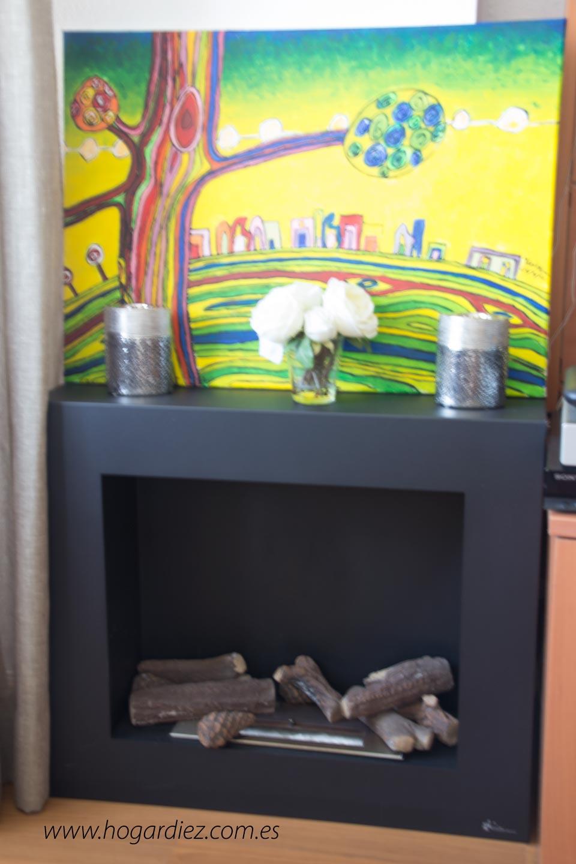 Rincón de mi salón con chimenea de bioetanol