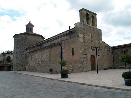Església de Sant Vicenç de Calders amb la capella Fonda o del Santíssim