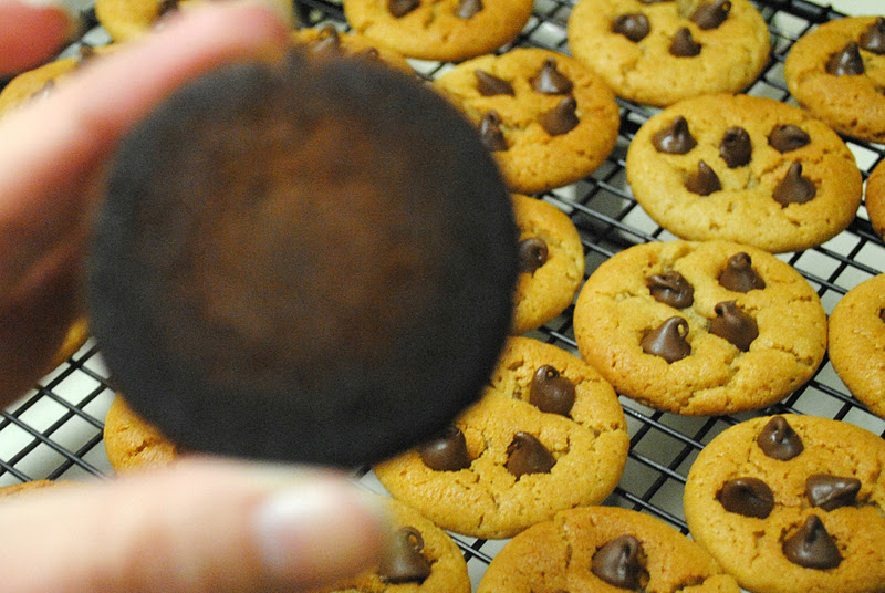 how to get burnt food off cookie sheet