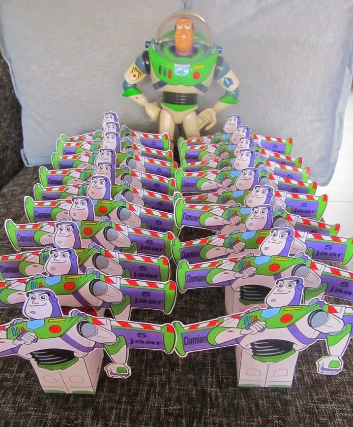 traktatie bouwplaat, traktatie zelf knutselen, toy story traktatie