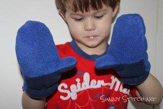 Blue Boy Mittens : Sunny Stitching