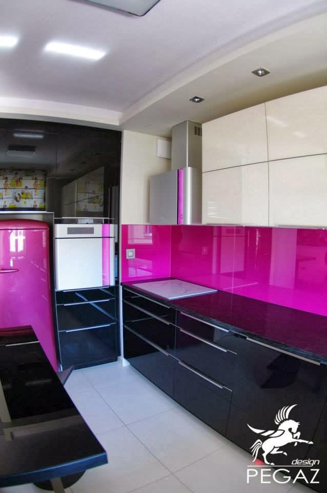 Pegaz Design Justyna Łuczak Realizacja mieszkania w  kolorze  z fu