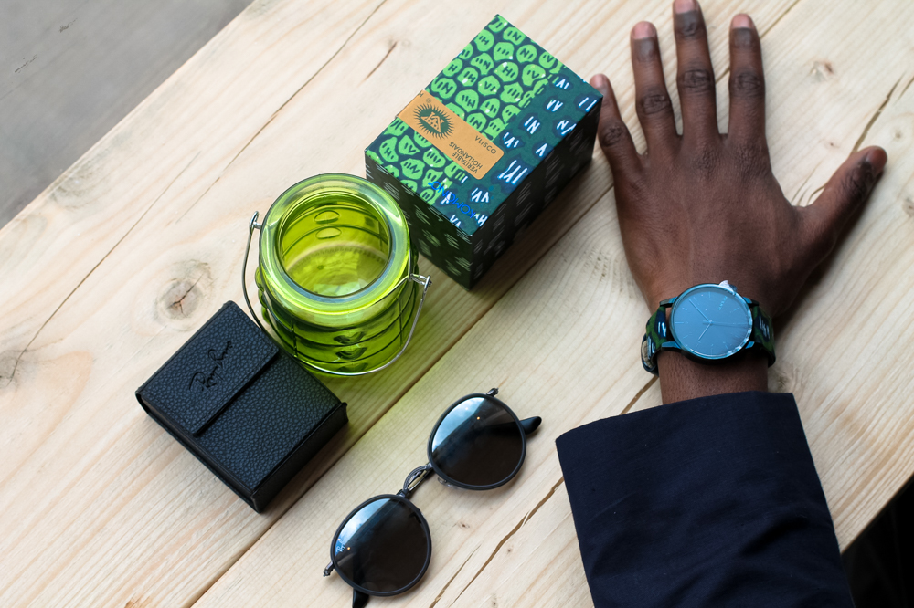 WRISTGAME JOURNAL - KOMONO X VLISCO collaboration the winston indigo watch ray ban sunglasses at culture coffee antwerp | Men's blog dedicated to men's fashion by Male blogger Jonathan Zegbe
