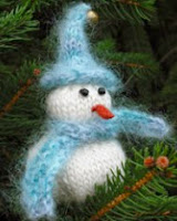 http://www.ravelry.com/patterns/library/let-it-snowman