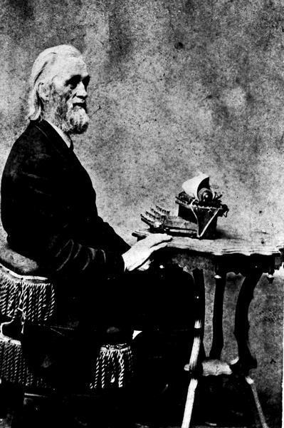 a history of christopher latham sholes and the invention of a typewriter
