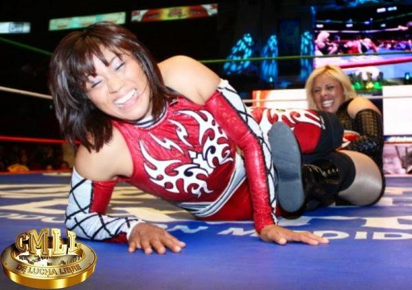 La Amapola - Lucha Women