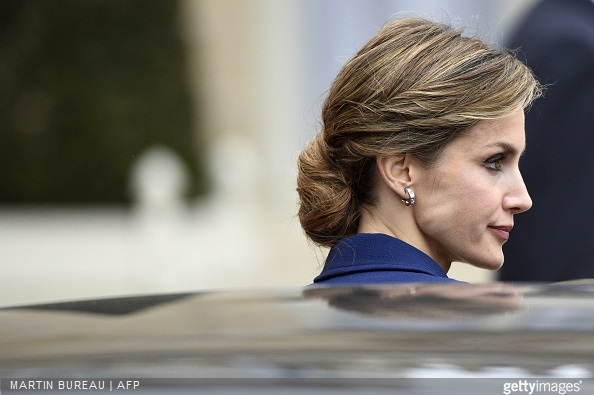 Queen Letizia of Spain leaves the Elysee presidential palace after a meeting with French president in Paris