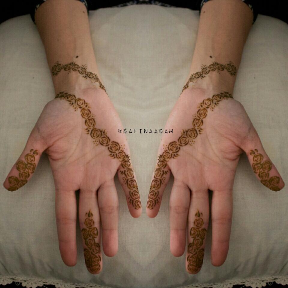 Simple Rose Line Henna SafinaAdam