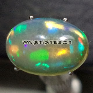 Batu Permata White Opal Kalimaya