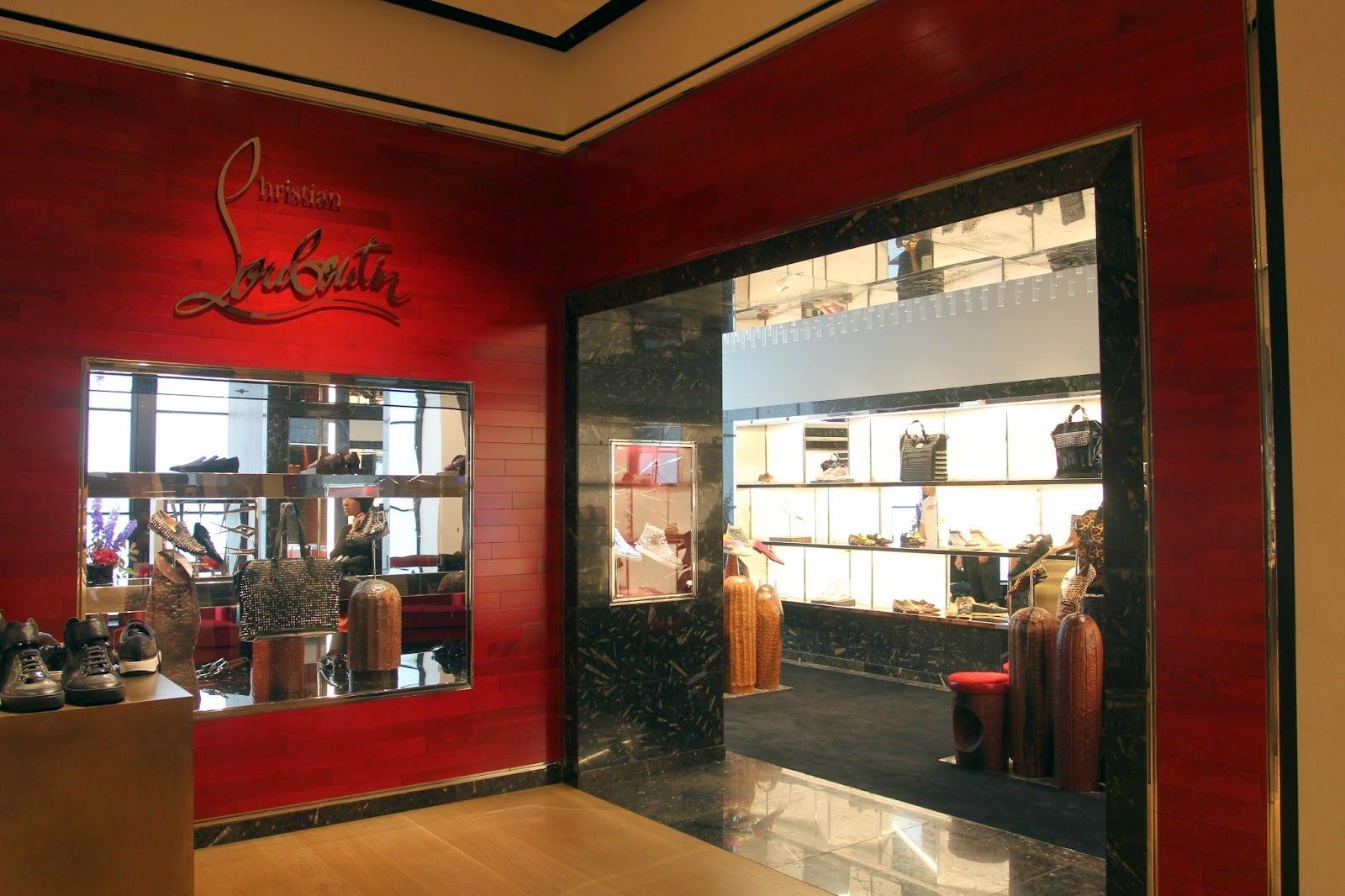 louis vuitton mens white loafers - Christian Louboutin opens men?????\u2039a\u20ac??\u201a?��???|?\u201a?a?\u2026?? boutique at Selfridges London (1).jpg