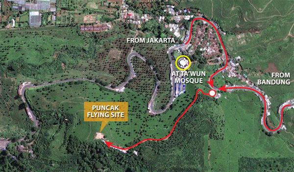Hasil gambar untuk jalan menuju paralayang puncak
